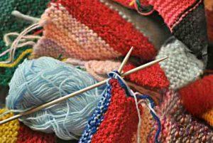 編み物は最高のひまつぶしです。