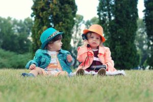 子供同士のおもちゃの取り合いの解決方法